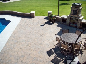 outdoor kitchen patio design near topeka ks